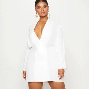 PRETTYLITTLETHING Plus Oversized Blazer Dress